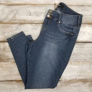 Torrid Skinny Ankle 3 Button Jeans 16R
